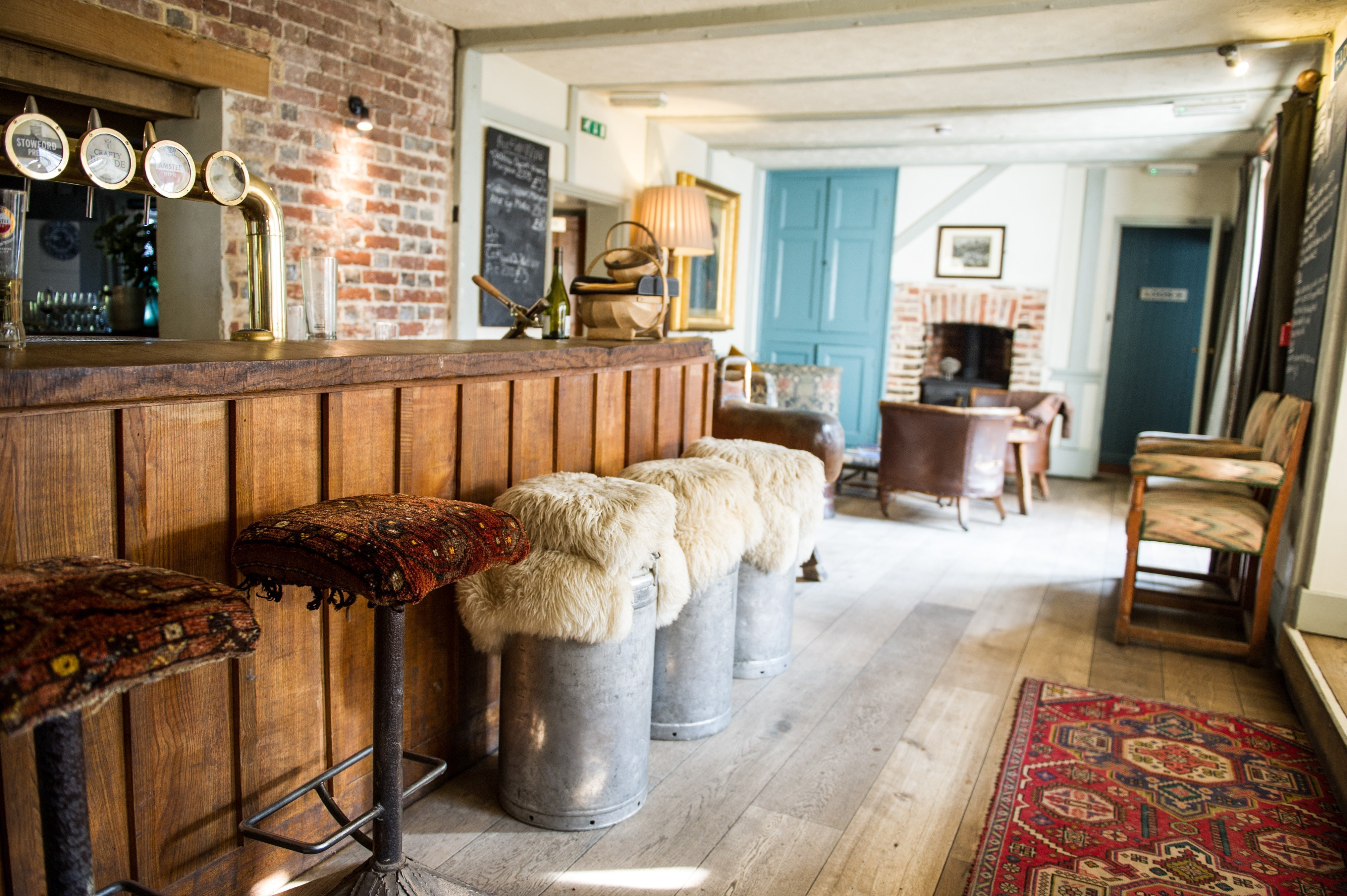 The Lamb Inn Bar