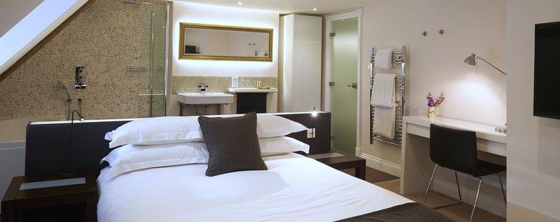 bell inn, suites in essex, sleep in essex, essex, bedrooms in essex