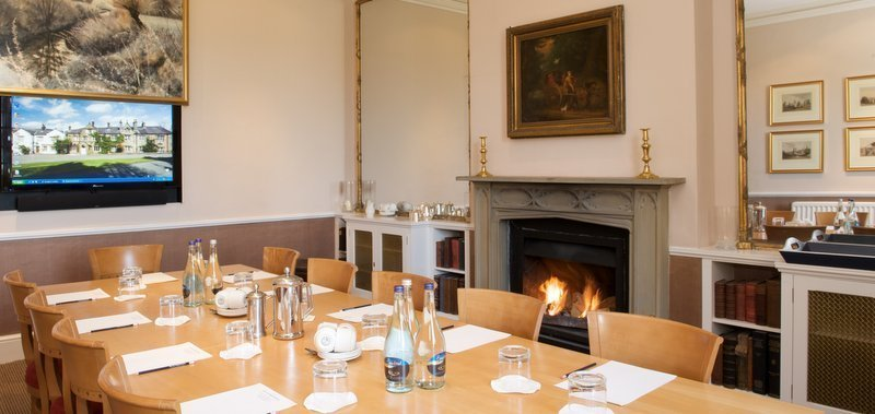Meet in lancashire, meet in countryside, Clitheroe, Inn at Whitewell
