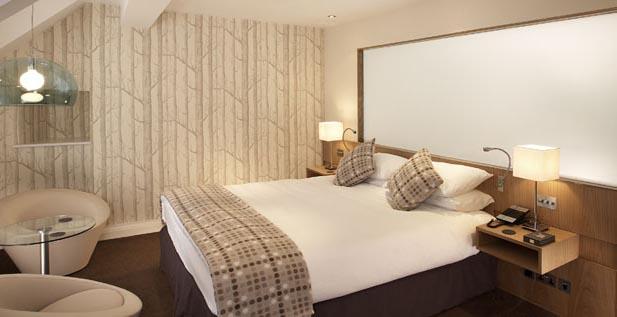Ye Olde Bulls Head cream, bedrooms in wales, sleep inwales