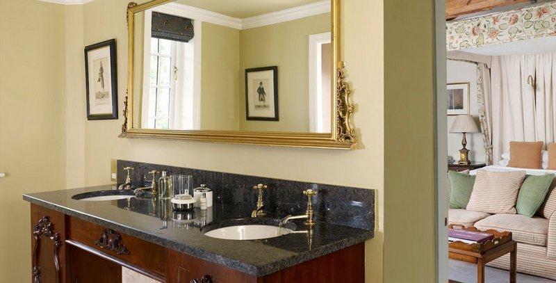 Inn at whitewell, inns in britain, bathroom