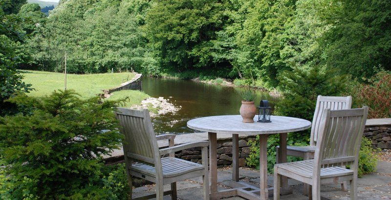 Dine outside, al fresco, inn at whitewell, clitheroe, the trip, lancashire