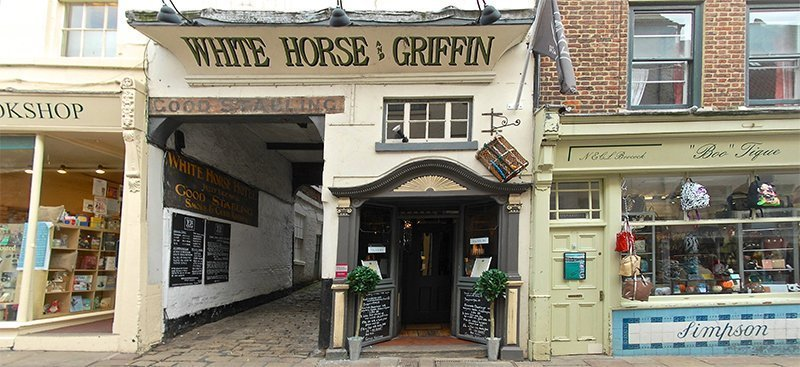 whitby, stay in whitby, places to eat in whitby, white horse and griffin