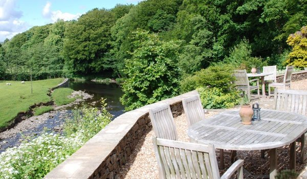 Al fresco dining at the Inn at Whitewell